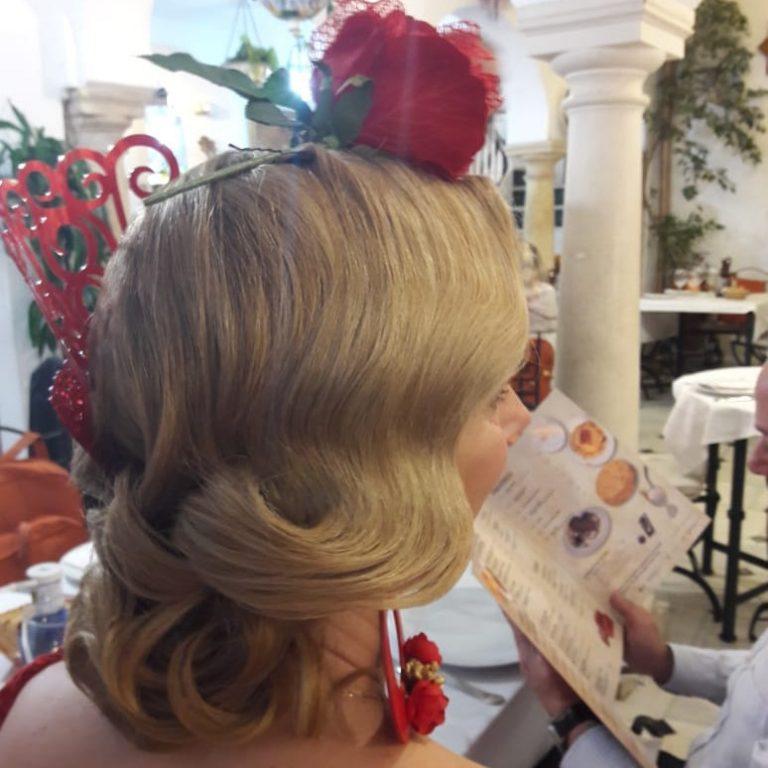 Peluquería para peinados de flamenca en Cordoba